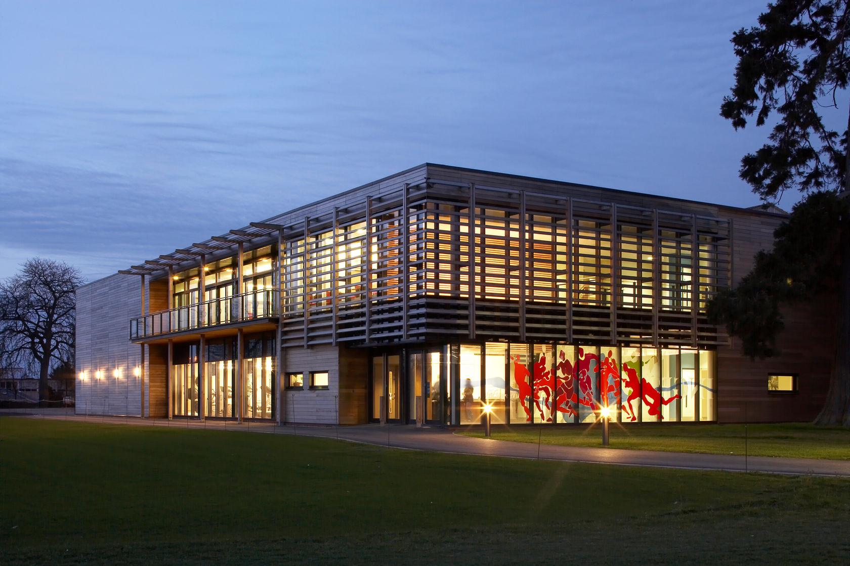 5184 Abingdon School Sports Centre N4 wlandscape